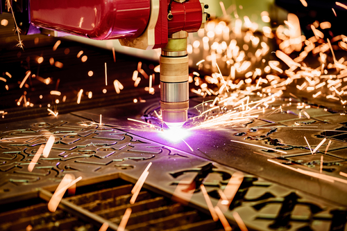 CNC-Laser-plasma-cutting-of-metal-mrpeasy-manufacturing-erp