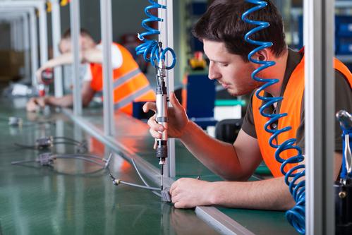 Discrete-Manufacturing-vs.-Process Manufacturing-mrpeasy