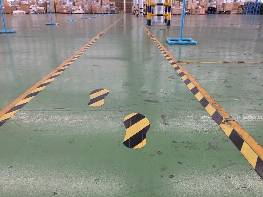warehouse-organization-floor-tape
